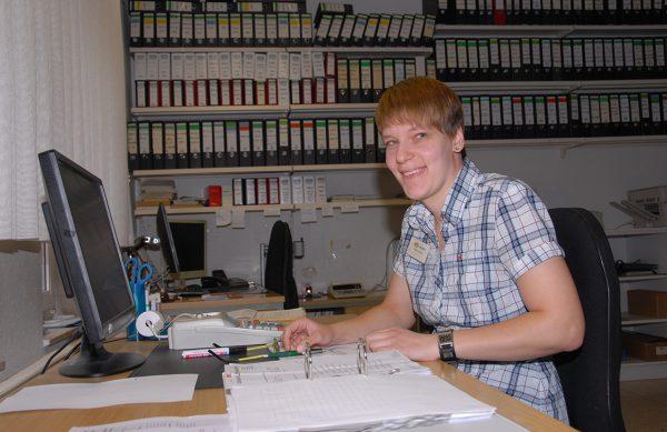 Frau Josewski leitet unsere Buchhaltung und Berät Sie kompetent rund um Kleintier & Co.